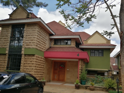 6 Bedroom Townhouse to Let